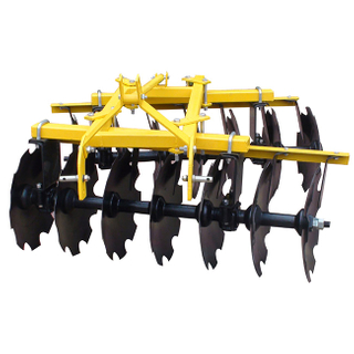 Light offset disc harrow