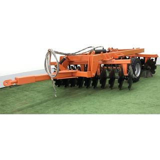 Trailed hydraulic disc harrow